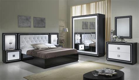chambre d h e cantal lit adulte design laqué blanc et noir appoline lit