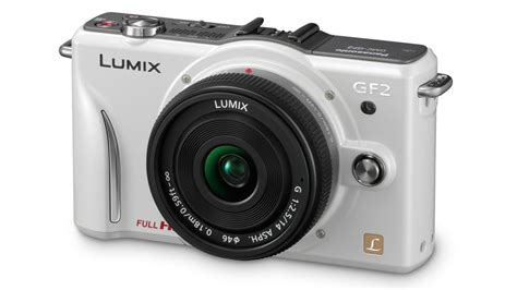 panasonic s smallest and lightest interchangeable lens