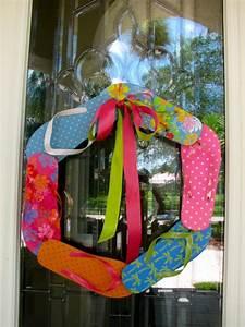 10 diy flip flop wreath decorating ideas hative