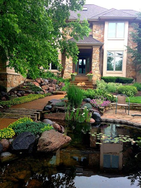 water for front yard 267 best images about front yards on pinterest front yard flowers hosta gardens and landscapes