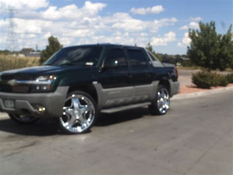 Chevy Avalanche 2002 by Kenoswain 2002 Chevrolet Avalanche Specs Photos