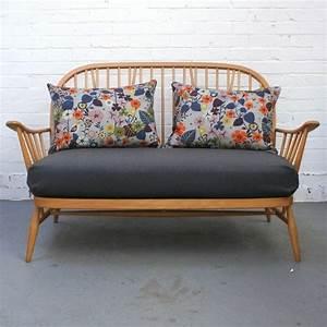 Sofa Zum Schlafen : zweisitzer sofa ein liebevolles m belst ck ~ Markanthonyermac.com Haus und Dekorationen
