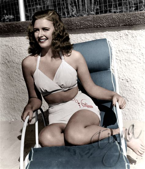 donna reed swimsuit retro crimbo donna reed zooey deschanel christmas