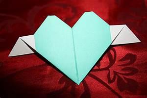 Herz Aus Papier Basteln : herz aus papier falten ~ Lizthompson.info Haus und Dekorationen