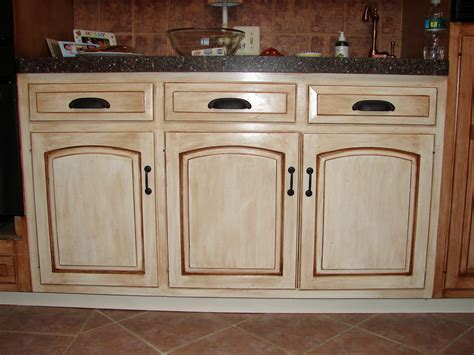 how to glaze painted cabinets how to paint antique white kitchen cabinets randy