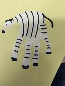 Basteln Mit Nüssen : handabdruck zebra basteln u3 pinterest zebras ~ Markanthonyermac.com Haus und Dekorationen