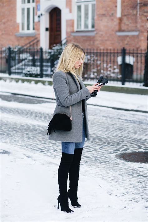 Winter Outfit Idea With Grey Jacket Black Over The Knee