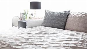 Schöne Tagesdecken Für Betten : tagesdecke satin reduziert bis zu 70 westwing ~ Bigdaddyawards.com Haus und Dekorationen