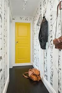 papier peint pour couloir comment faire le bon choix With peindre sur une tapisserie