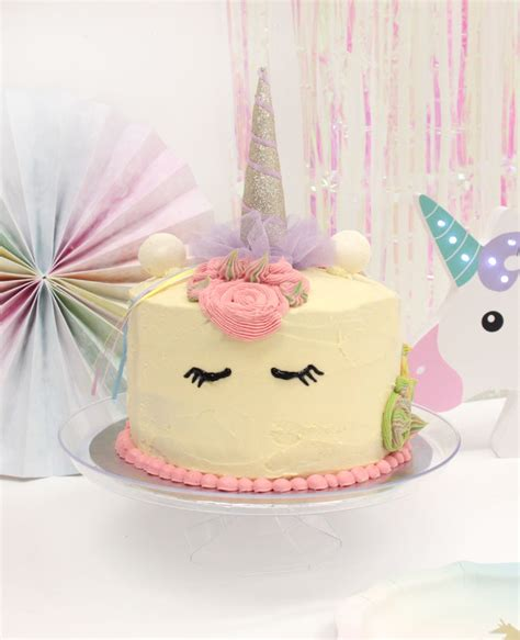 throw  magical unicorn birthday party party