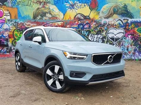 henry payne review volvo xc speaks  american accent