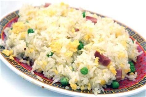 cuisiner du riz recette riz cantonais la recette la plus simple pour