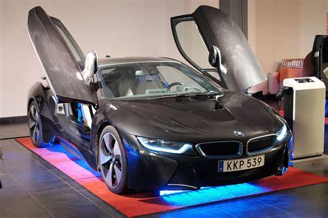 sportwagen mieten  dubai autos der superlative