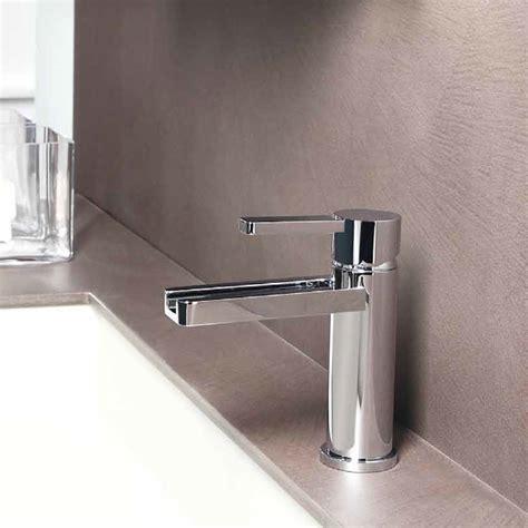Aqua Polished Chrome Luxury Bathroom Faucet