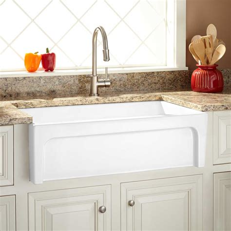 white fireclay farmhouse sink 18 quot ellyce fireclay farmhouse sink with overflow white