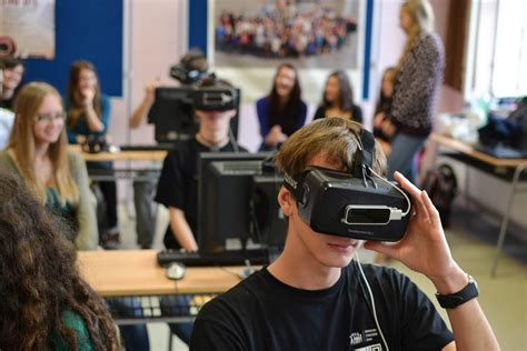 This Is The Beginning Of Vr Education, And It Will Only Get Better  Road To Vr