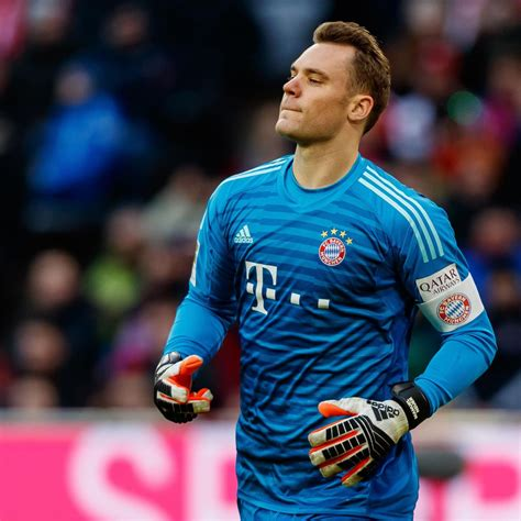Manuel neuer is a german professional footballer who plays as a goalkeeper for and captains both bundesliga club bayern munich and the germany national team. Manuel Neuer Says Liverpool Are 'Vulnerable' After Bayern Munich Get Reds in UCL | Bleacher ...