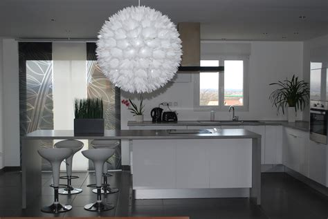 cuisine blanche et cuisine blanche et bois clair association du blanc