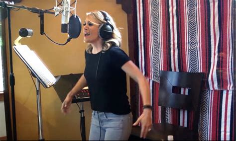 Watch Carrie Underwood ft Ludacris 'The Champion' Official
