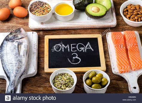 lebensmittel mit omega 3 fettsäuren lebensmittel die reich an omega 3 fetts 228 uren und gesunde fette gesunde ern 228 hrung konzept