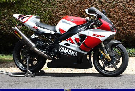 Yamaha R7 by Yamaha Yamaha Yzf R7 Moto Zombdrive