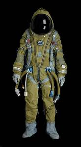 25+ trending Space suits ideas on Pinterest | Astronaut ...
