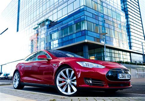 Tesla's Model S P100 D Set New Quarter-mile Record With A