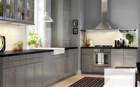 ikea country kitchen a country kitchen with grey inset doors black worktops 1770