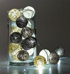 Guirlande Lumineuse Boule Exterieur : les 25 meilleures id es concernant guirlande lumineuse boule sur pinterest guirlande boule ~ Preciouscoupons.com Idées de Décoration