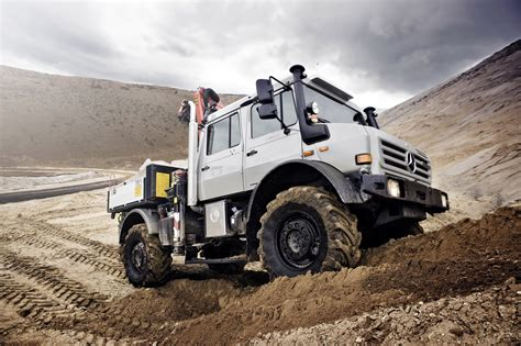 offroad cer mercedes benz blog mercedes benz unimog receives quot off