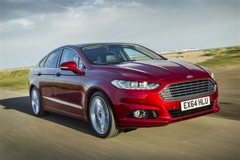 Ford Mondeo 2015  Car Review  Honest John