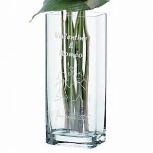 vase personnalise saint valentin une idee de cadeau With chambre bébé design avec abonnement livraison bouquet de fleurs