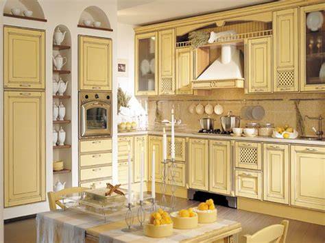 Awesome Kitchen Design From Vintage Italian Decor