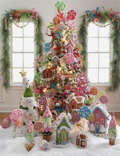 hermosa propuesta arbol de navidad decorado con tortas