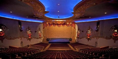 crest theatre weddings  prices  wedding venues  ca