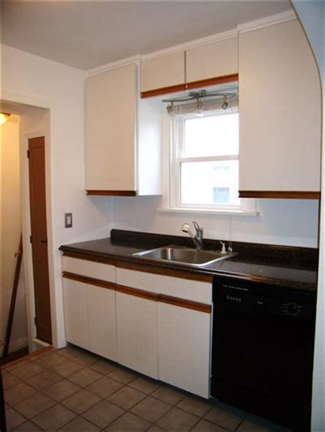 white cabinets with oak trim kitchen 334 | 3639eb5c3dcb