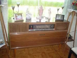 Meuble Pour Tourne Disque : meuble radio tourne disques autres tournai 7500 ~ Teatrodelosmanantiales.com Idées de Décoration