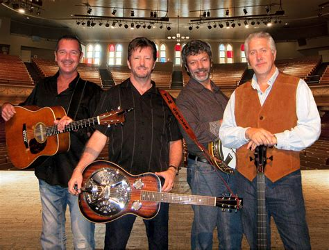 farm hands  perform  bluegrass monday series sept