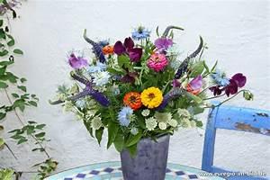 Blumen Im Juli : blumenstrau f r den monat juli euregio im bild ~ Lizthompson.info Haus und Dekorationen