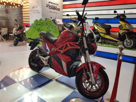 Ok Honda Suzuki by Honda Activa 5g To Suzuki Burgman Auto Expo 2018 Scooters