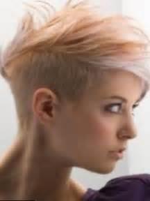 coupe de cheveux court pour femme tendances coiffurecoiffure femme rase cote les plus jolis modèles