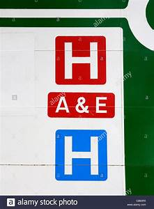 a hospital road sign, uk Stock Photo: 41316660 - Alamy