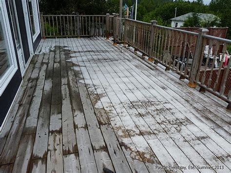 cleaning wood deck with how to clean your deck cleaning deck before staining