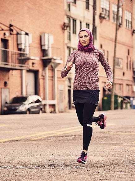 Womenu0026#39;s Running Magazine Features a Runner Who Wears a Hijab on Their Cover | PEOPLE.com