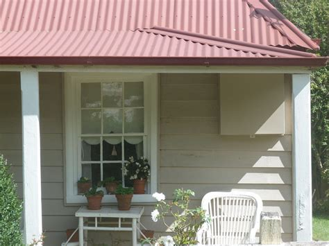 best exterior paint colors for stucco home with tile