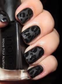 Elegant black nail art designs for creative juice
