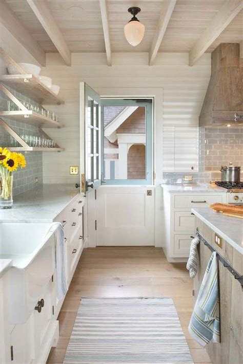 colorful dutch doors  farmhouse style homemydesign