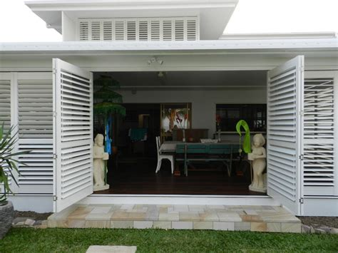 aluminium shutters outdoor rooms modern patio
