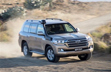 toyota landcruiser  series updates announced