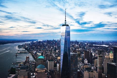 one world trade center freedom tower curbed ny